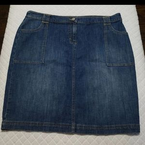 New York and Company Blue Jean Skirt Size 16 New
